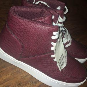 NWT Tennis Shoes